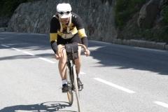 Alpe-dHuzez-163-Oudje-op-antieke-fiets