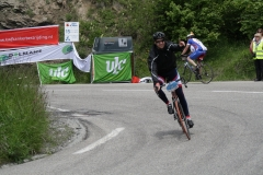 Alpe-dHuzez-234-Tim-In-de-bocht-naar-beneden