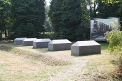 028-Monument