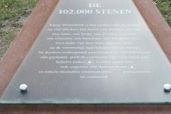 067-Monument-van-102000-stenen-info