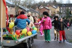 2018-02-12-Optocht-Hulsberg-099-Femilie-Schlangen