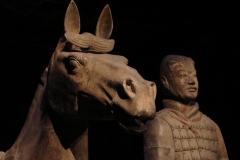 Maaseik-Tentoonstelling-Terracotta-Leger-69-Krijger-met-Paard