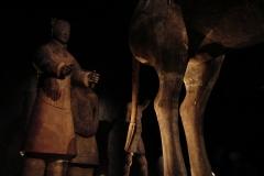 Maaseik-Tentoonstelling-Terracotta-Leger-73-Krijger-achter-Paard