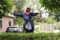 Tuinwijk-Eisden-088-Vogelverschrikker
