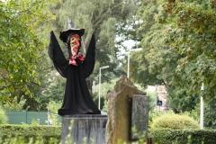 Tuinwijk-Eisden-181-Vogelverschrikker