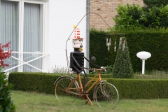 Tuinwijk-Eisden-242-Vogelverschrikker